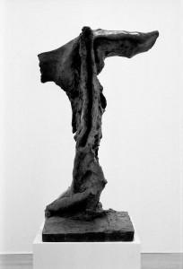 'Nike Il', brons, höjd 100 cm, 1960.