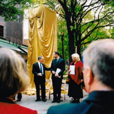 Nobel Monument Dedication Ceremony, October 14, 2003 Mayer of New York City Michael R. Bloomberg, H.R.H. Crown Prince Haakon of Norway, Deputy Prime Minister of Sweden Margareta Winberg Photo: Catarina Lundgren Åström