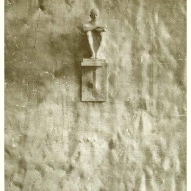"""1/3 <a href=""""http://sivertlindblom.se/texter/andras-texter/torsten-ekbom-pour-ccs-paris-1980/"""" rel=""""noopener"""" target=""""_blank"""">Lire text par Torsten Ekbom</a> 2/3 <a href=""""http://sivertlindblom.se/texter/andras-texter/preface-pour-la-exhibition-a-centre-culturel-suedois-lars-berquist-1980/"""" rel=""""noopener"""" target=""""_blank"""">Lire préface a Lars Berquist</a> 3/3 <a href=""""http://sivertlindblom.se/folio/offentliga-arbeten/exteriorer/sans-titre-centre-culturel-suedois-ccs-paris-1980/"""" rel=""""noopener"""" target=""""_blank"""">Regarde la sculpture sur le mur</a>"""