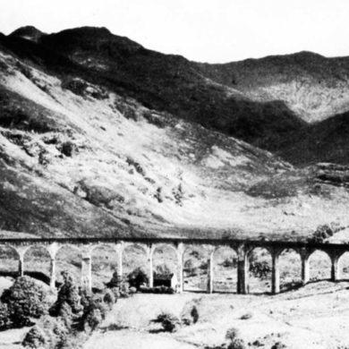Viadukt för tåg, Glennfinnan, Skottland