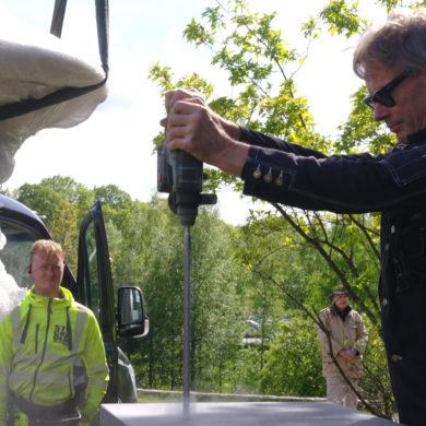 Ulf Ferrius och Sivert i bakgrunden Foto: Jan Öqvist