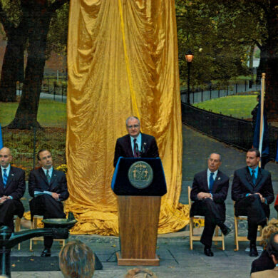 Nobel Monument Dedication Ceremony, October 14, 2003 Speaker: Science Advisor to President Bush and Director of the Office of Science and Technology Dr. John Marburger III Photo: Catarina Lundgren Åström